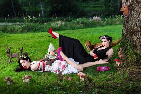 fashion fetish fairytale - snow white