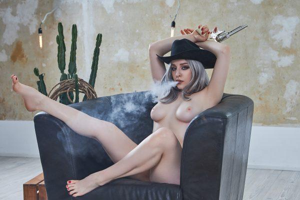 Quinn Nude